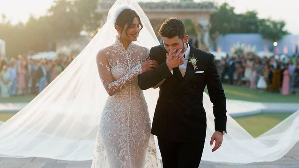 最實用的婚紗照POSE 一分鐘即可拍出浪漫唯美婚紗照