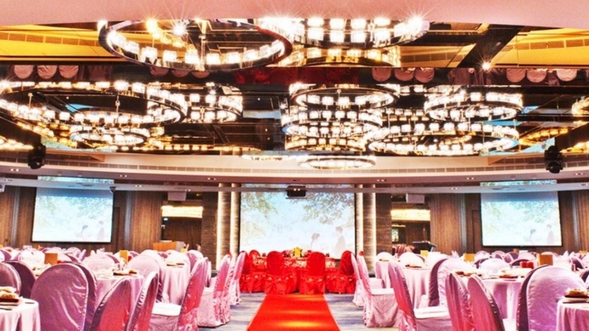 36盞施華洛水晶燈的無柱宴會廳:桃園尊爵飯店